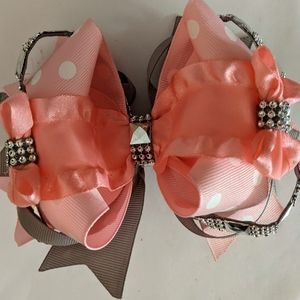 Big beautiful boutique pink hair bow